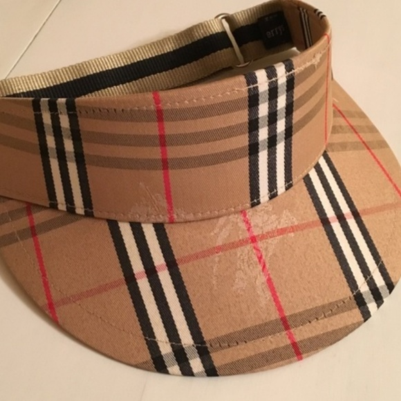 3d9f7936142 Burberry Accessories - Burberry visor